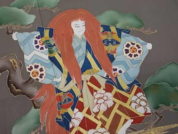 着物屋こころ■極上 色留袖 手描き 駒刺繍 歌舞伎『連獅子』 霞松牡丹 本金箔 逸品 未使用 j1326_画像4