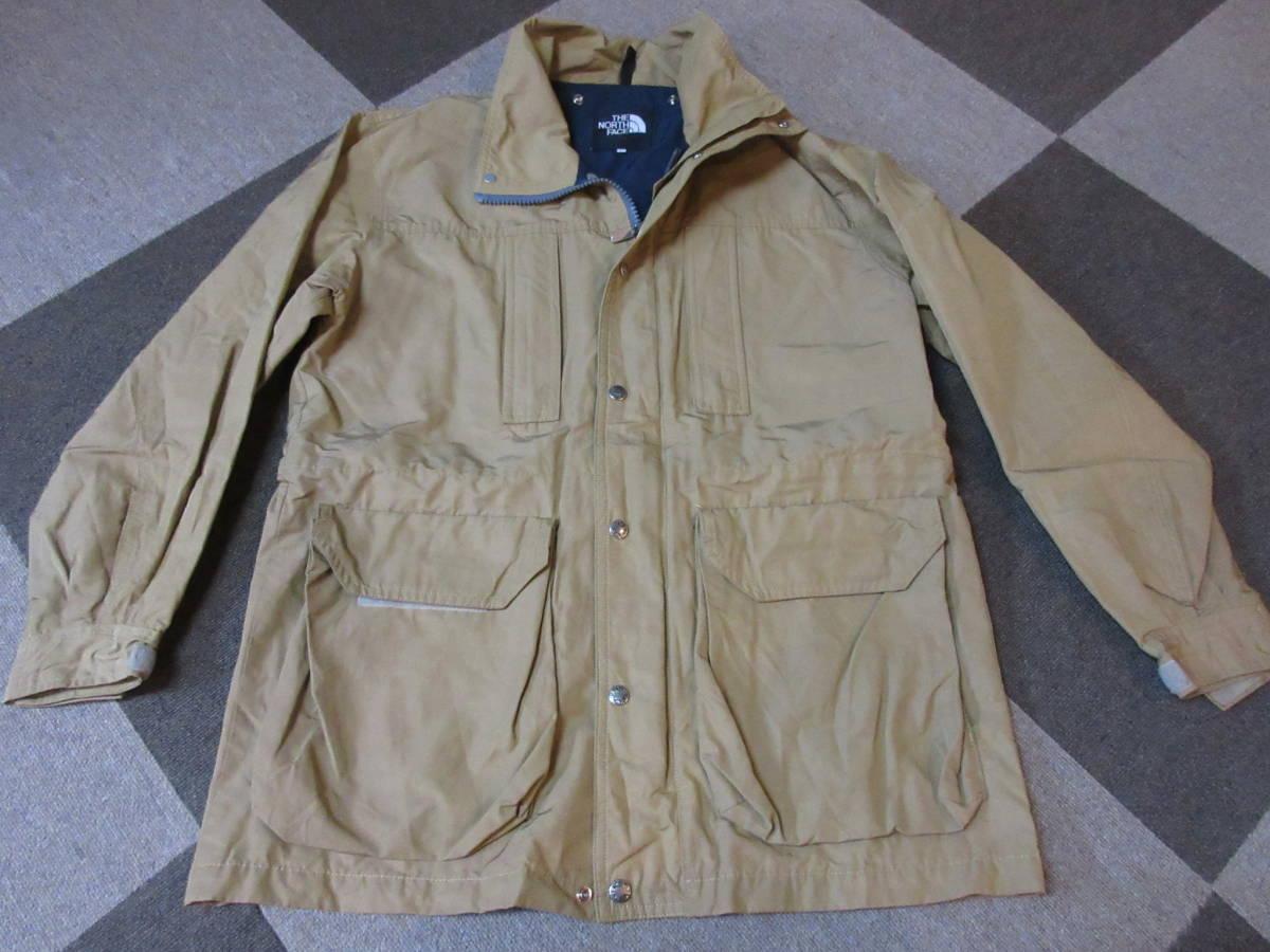 90s 日本製 NORTH FACE マウンテンジャケット L ベージュ アルパインジャケット アウトドア ビンテージ マウンテンライト ナイロン