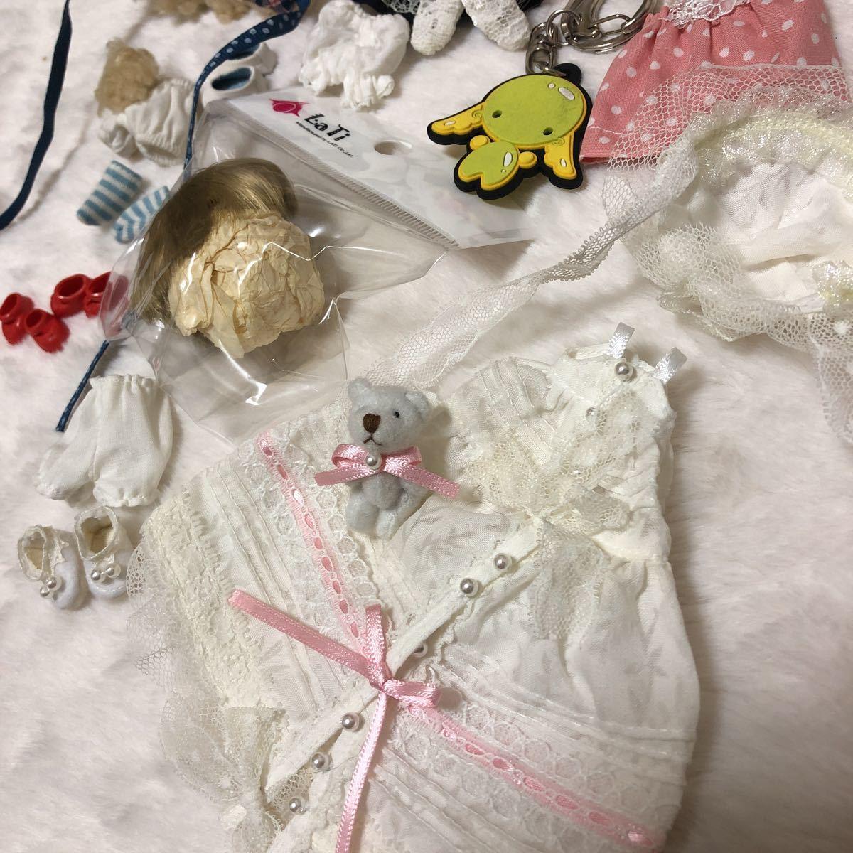 小さな球体関節人形 latidoll latiwhite ホワイトwhite OF 服 靴 ウィッグ セット まとめ売り_画像2