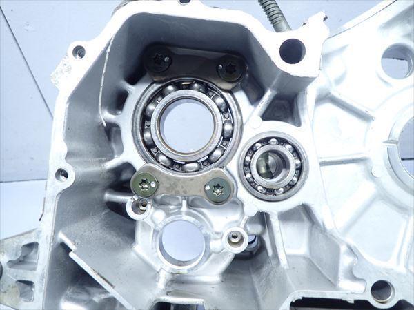εM28-43 ヤマハ ドラッグスター400 VH01J (H14年式) 走行距離29851㌔ エンジン クランクケース 左側 破損無し!_画像3