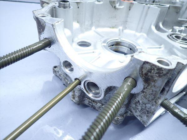 εM28-43 ヤマハ ドラッグスター400 VH01J (H14年式) 走行距離29851㌔ エンジン クランクケース 左側 破損無し!_画像5