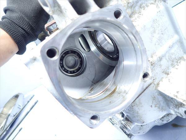 εM28-43 ヤマハ ドラッグスター400 VH01J (H14年式) 走行距離29851㌔ エンジン クランクケース 左側 破損無し!_画像6