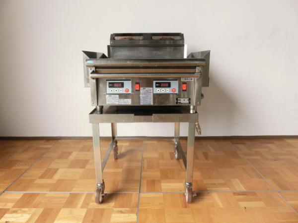 中古厨房 業務用 コメットカトウ グリドル 台付 都市ガス 鉄板焼き お好み焼き 焼きそば CGH-675G W600×D510_画像2