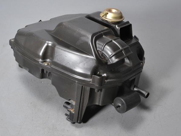 優良販 VFR800P RC49 本物白バイ 純正エアクリーナーボックス フルパワー用ファンネル_画像3