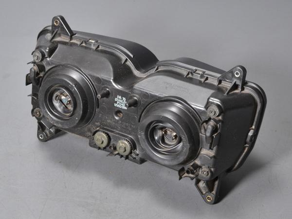 優良販 VFR800P RC49 白バイ 純正ヘッドライト ヘッドランプ 純正ボルト付_画像3