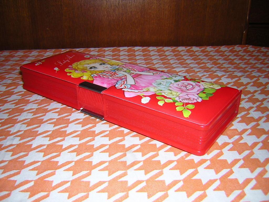 m070/昭和レトロ 可愛い女の子柄 筆箱 Lady Ann 2ドア 少女漫画 キャンディキャンディ風 乙女 _画像6