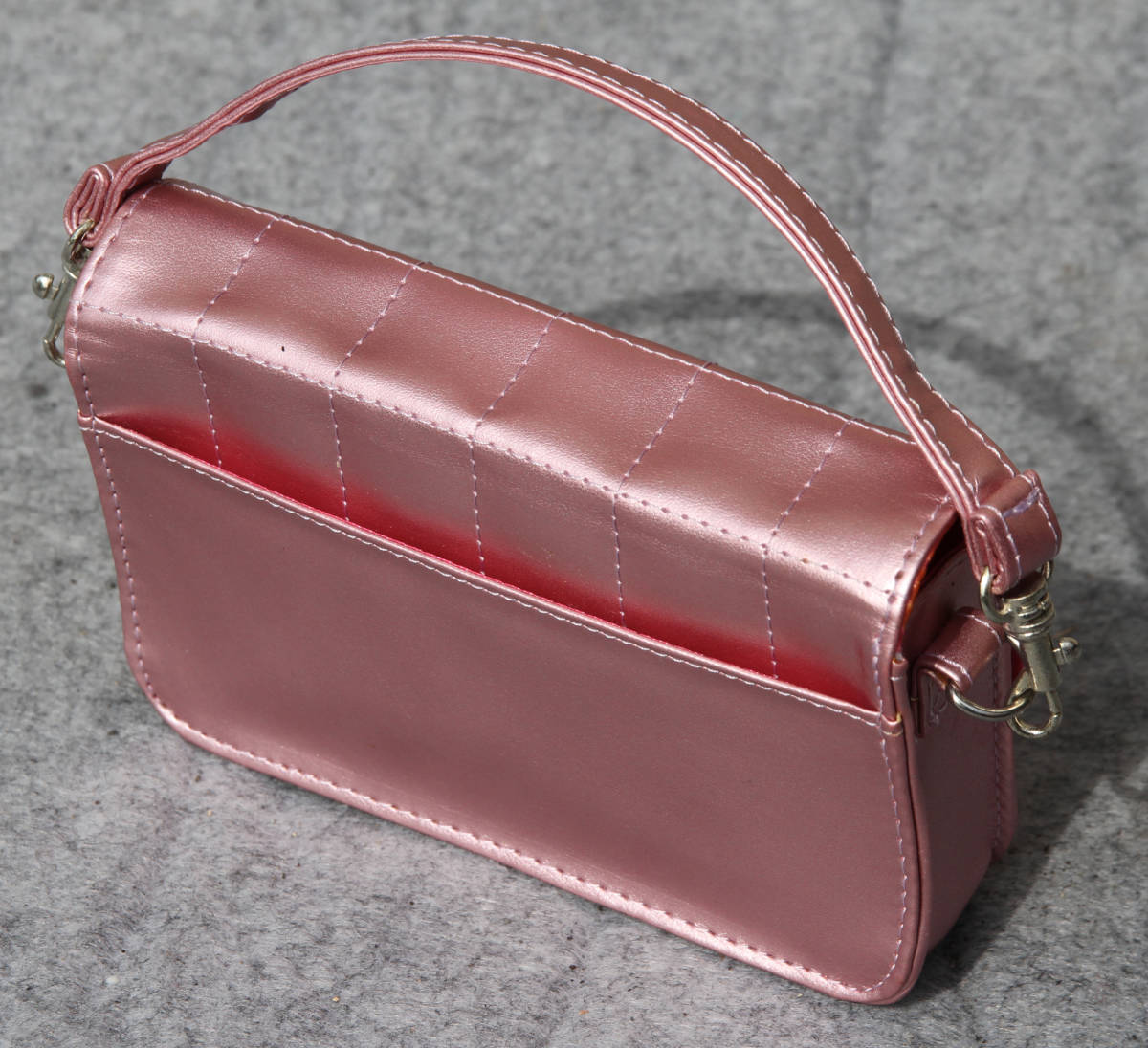 女の子必見!非売品 HELLO KITTY CRYSTAL BAG☆ハローキティ クリスタルバック マクドナルド販促品_画像3