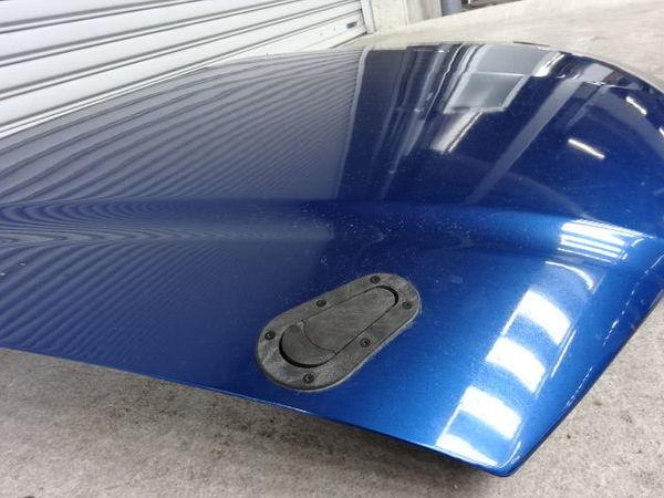 社外 CL7 アコードユーロR 前期 カーボン ボンネット フード 青メタ系 ボンピン&ストライカー 共用仕様 ヒンジ付き_画像2