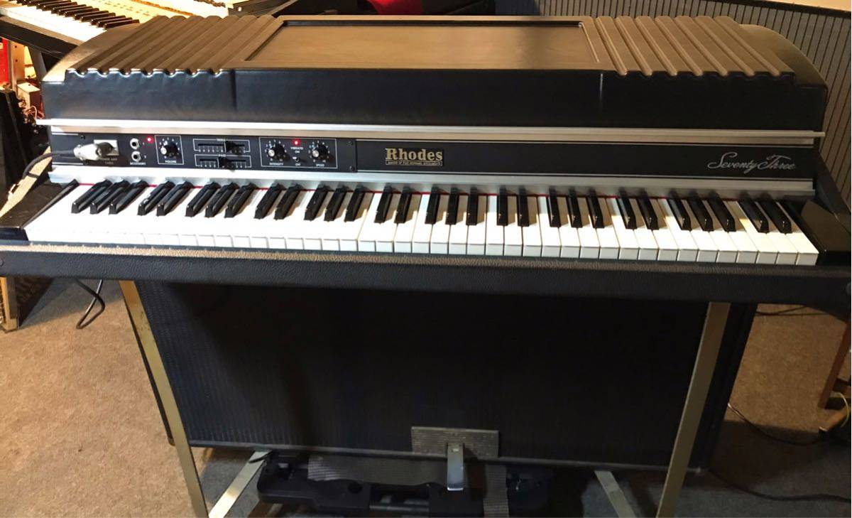 Rhodes Piano Mark II Suitcase 73(動作品)_画像2