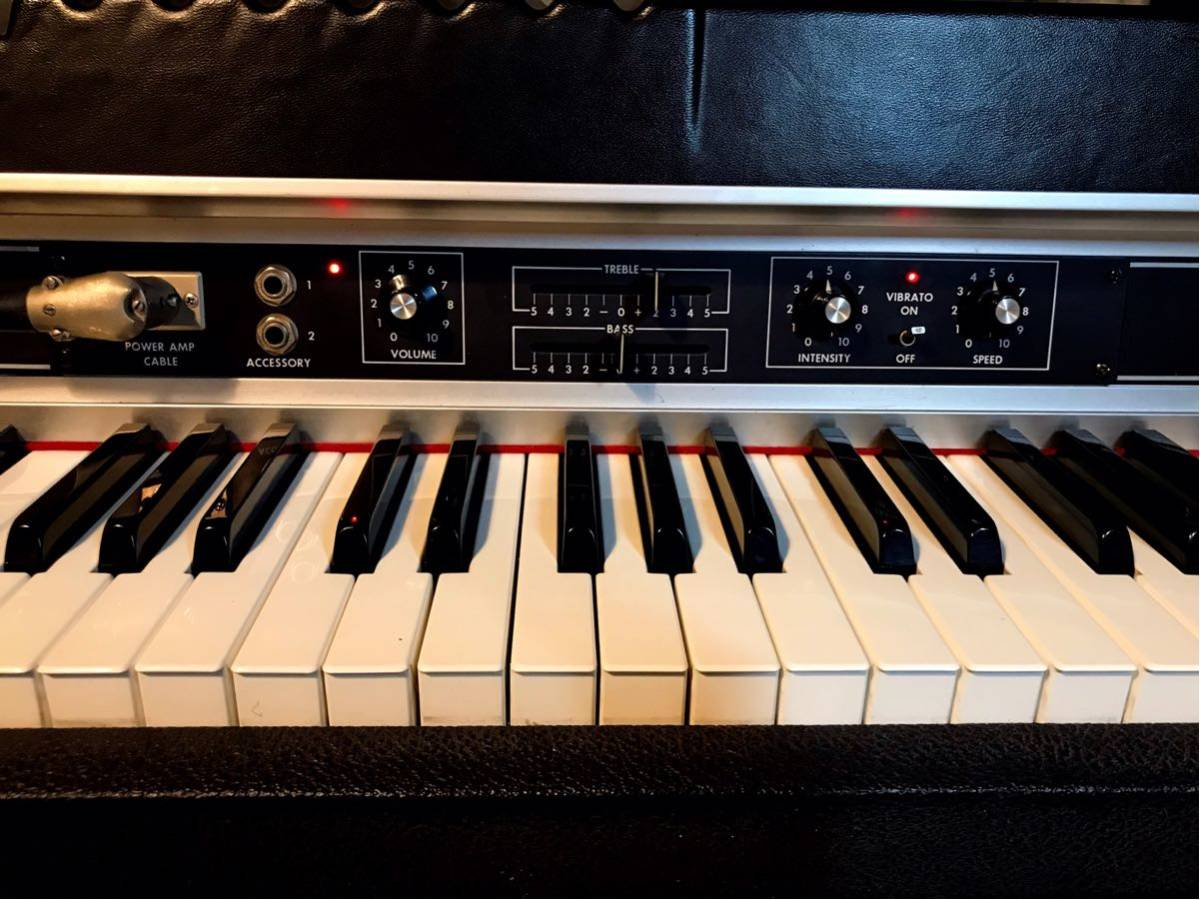 Rhodes Piano Mark II Suitcase 73(動作品)_画像5