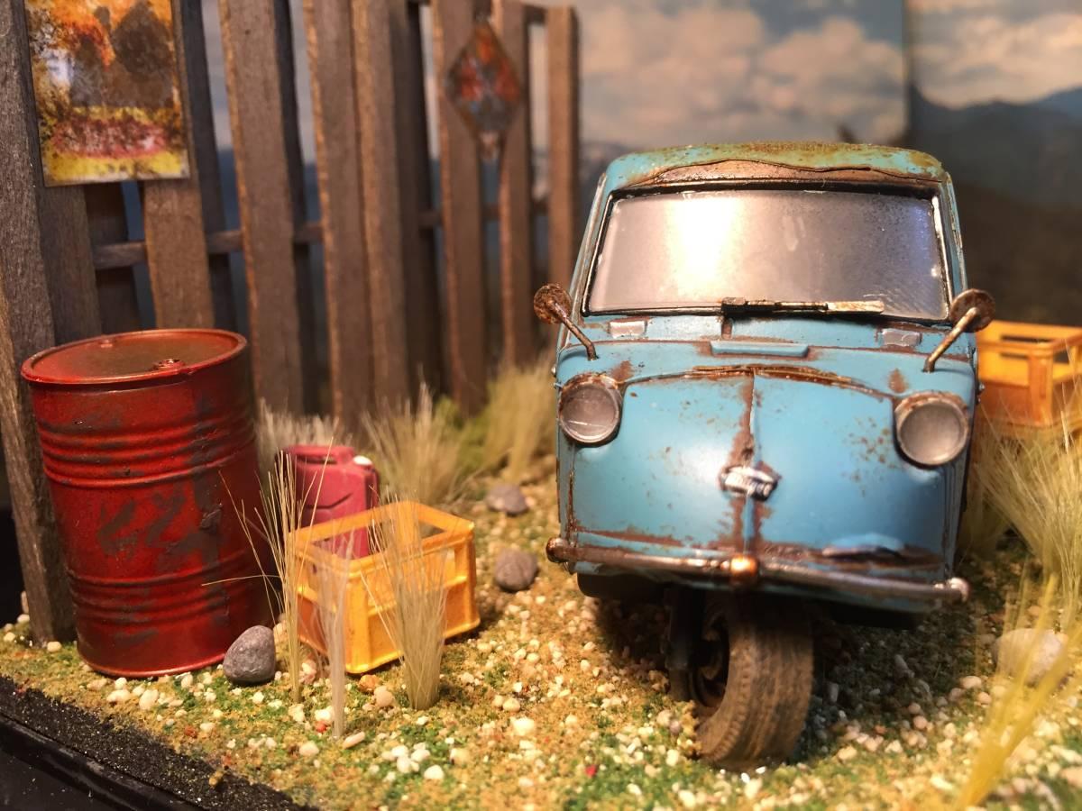 1/32 ダイハツ ミゼット 昭和の風景 旧車 自作ジオラマ完成品 ケース付_画像2