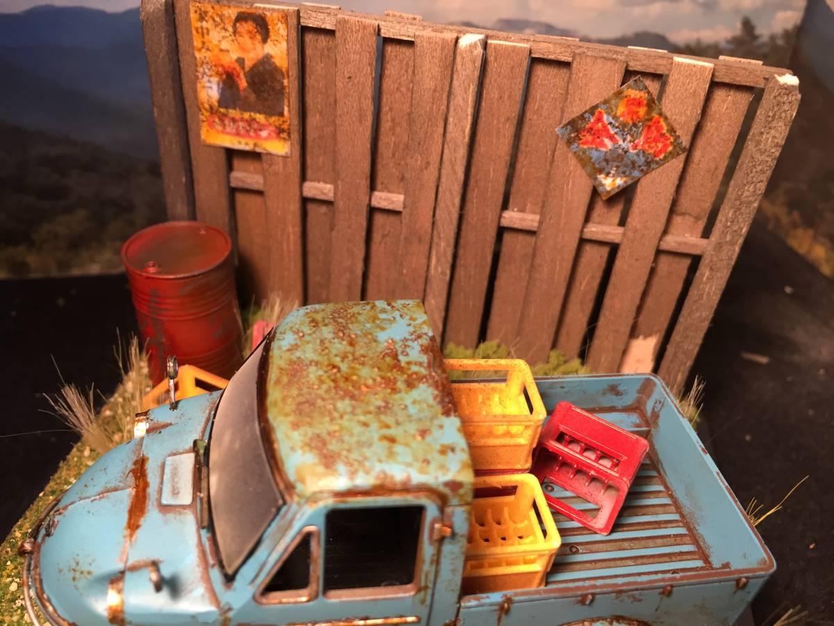 1/32 ダイハツ ミゼット 昭和の風景 旧車 自作ジオラマ完成品 ケース付_画像4