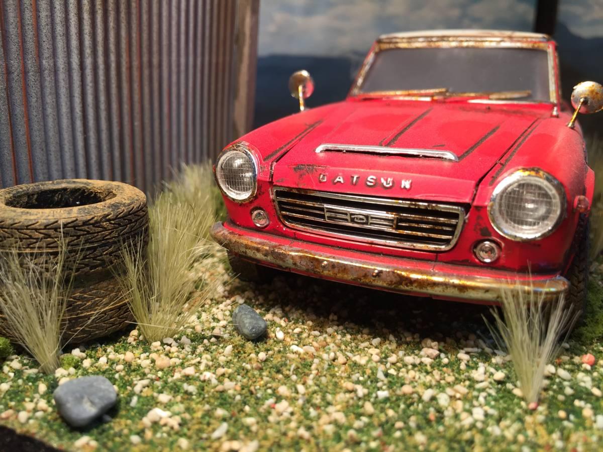 1/24 ダットサン フェアレディ 2000 昭和の風景 旧車 自作ジオラマ完成品 ケース付_画像2