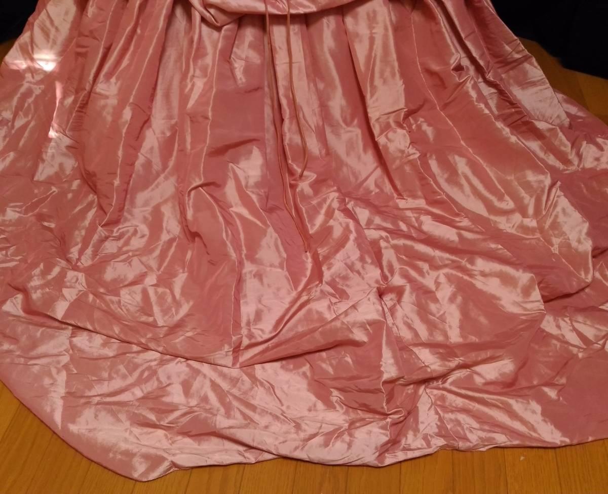 チェリーピンクのサテン地ドレス、編み上げベアトップ・サイズフリー_画像5