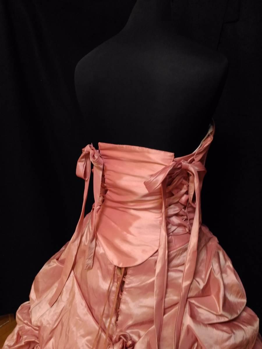 チェリーピンクのサテン地ドレス、編み上げベアトップ・サイズフリー_画像6