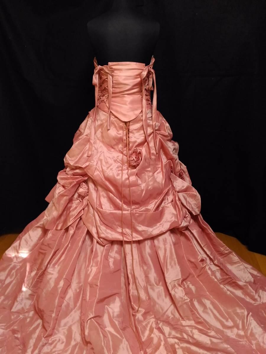 チェリーピンクのサテン地ドレス、編み上げベアトップ・サイズフリー_画像4