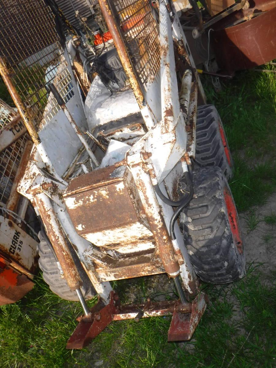 TCM 315 ボブキャット ジャンク 2台セット ディーゼル タイヤショベル 除雪機 バケットローダー_画像3