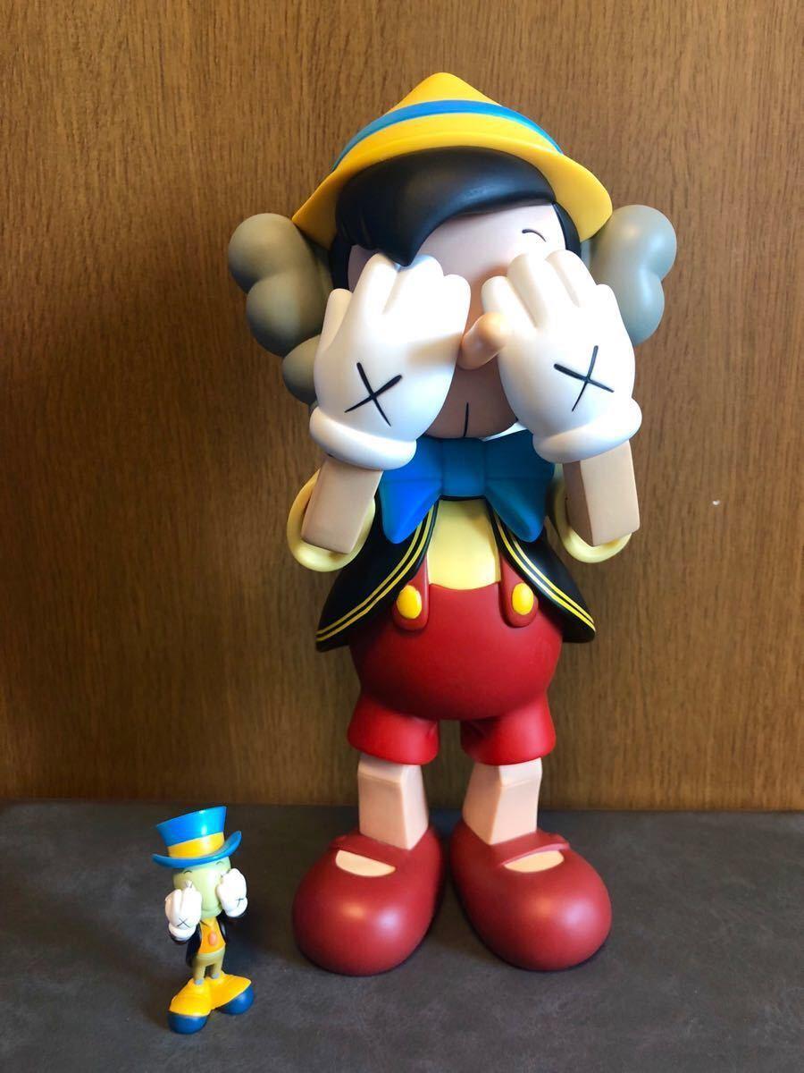 【本物】KAWS カウズ Original Fake PINOCCHIO & JIMINY CRICKET ピノキオ ジミニークリケット オリジナルフェイク バンクシー フィギュア_画像1