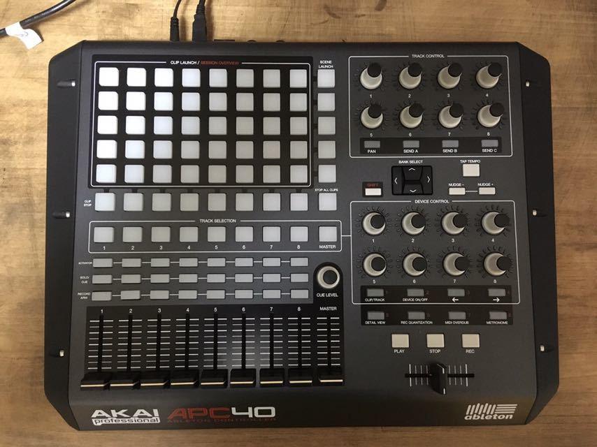 ☆ AKAI APC40 ☆ MIDIコントローラー 中古品