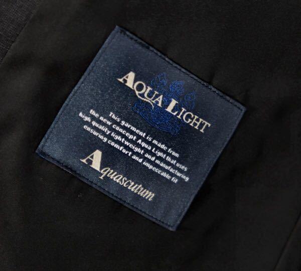 【S-37】新品*Aquascutum*定価172,800円*日本製*春夏*AQUA LIGHT*高級シルク混ウールスーツ*ダークグレー*AB5_画像4