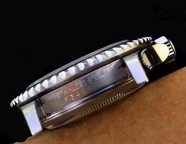 上品質/美品 ROLEX ロレックス サブマリーナ 16610T F番 日本ロレックスOH見積 完全オリジナル 王冠透かしマーク _画像5