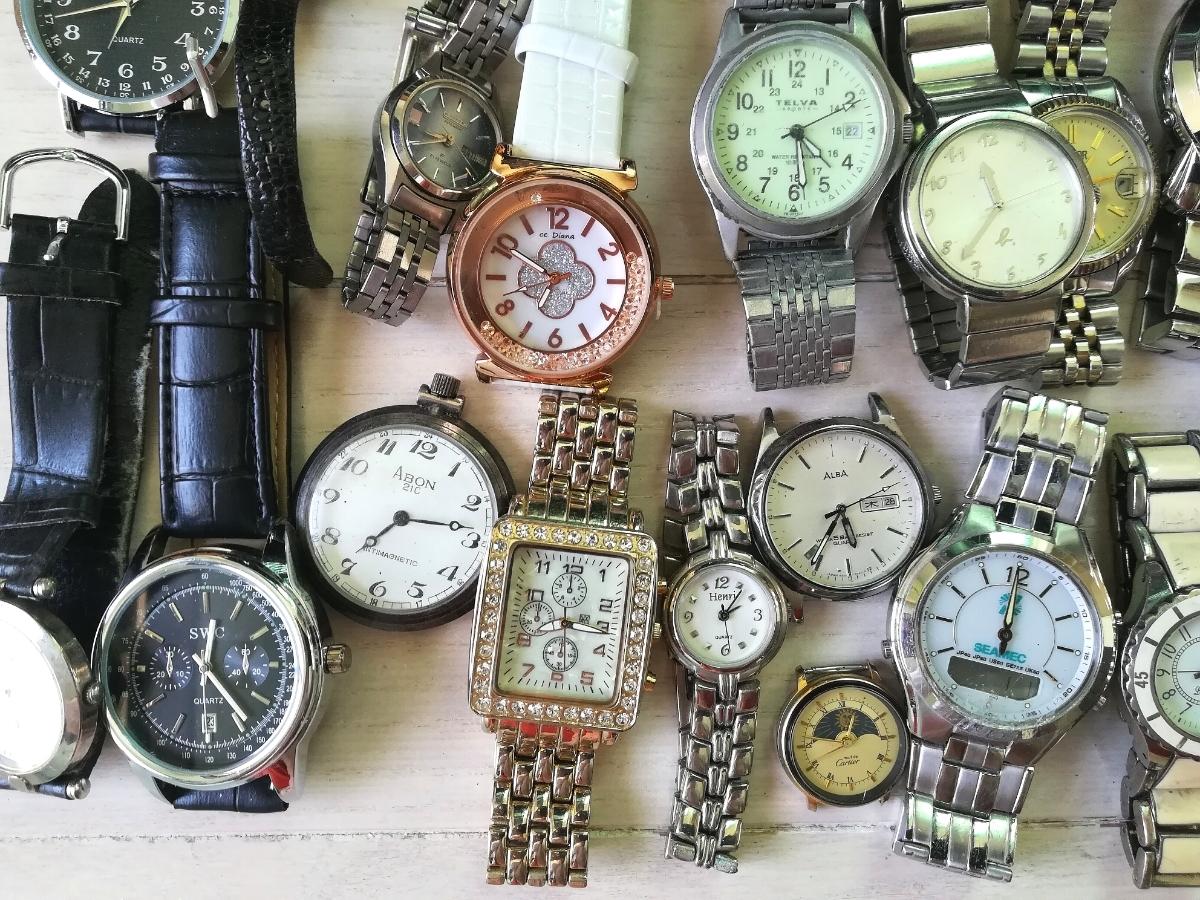 40本 大量 腕時計 セット まとめて SEIKO CITIZEN CASIO GUCCI YSL TECHNOS 等 ヴィンテージ ジャンク_画像7