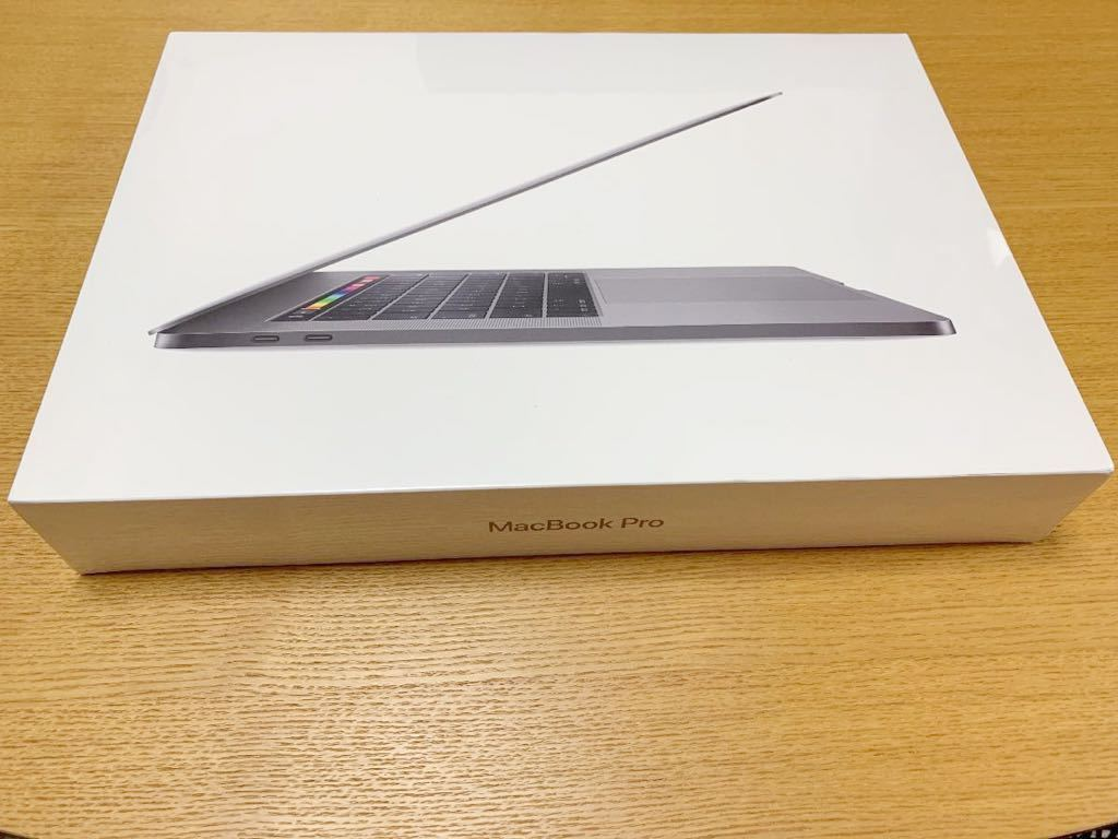MacBook Pro 15インチ MR942J/A(CTO) Apple Care+購入済 第8世代 Core i9 2.9GHz 6コア/Radeon Pro Vega 20/メモリ32GB/1TB SSD/JISキー