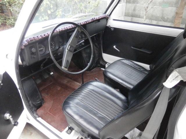 希少 旧車 スバルR-2 左ハンドル 検査付き_画像8