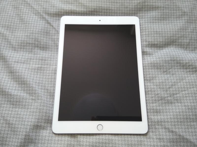 【美品】SIMフリー iPad 6 第6世代 2018 Wi-Fi + Celluler 32GB 保証期間あり!_画像2