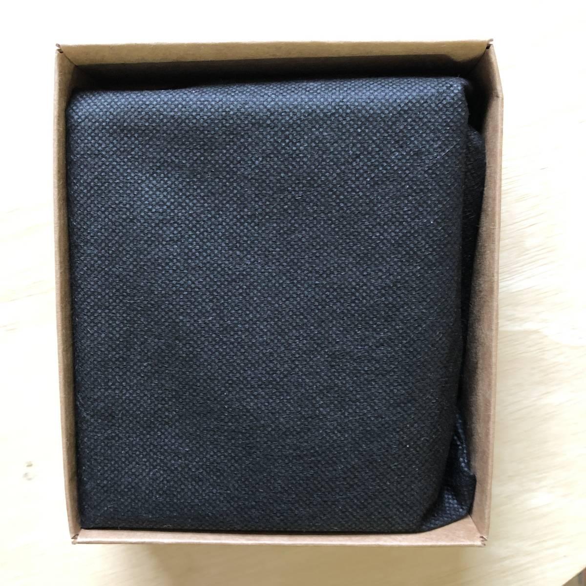 父の日のプレゼントに 無印良品 二つ折り財布 イタリア産ヌメ革 コインポケット付 黒 新品未使用_画像2