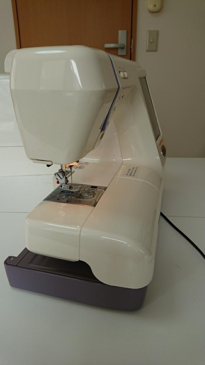 ジャノメミシン刺繍機能内臓コンピューターミシンセシオ9500型。試縫い済。取説ハードケース付き、調子良好。_画像8