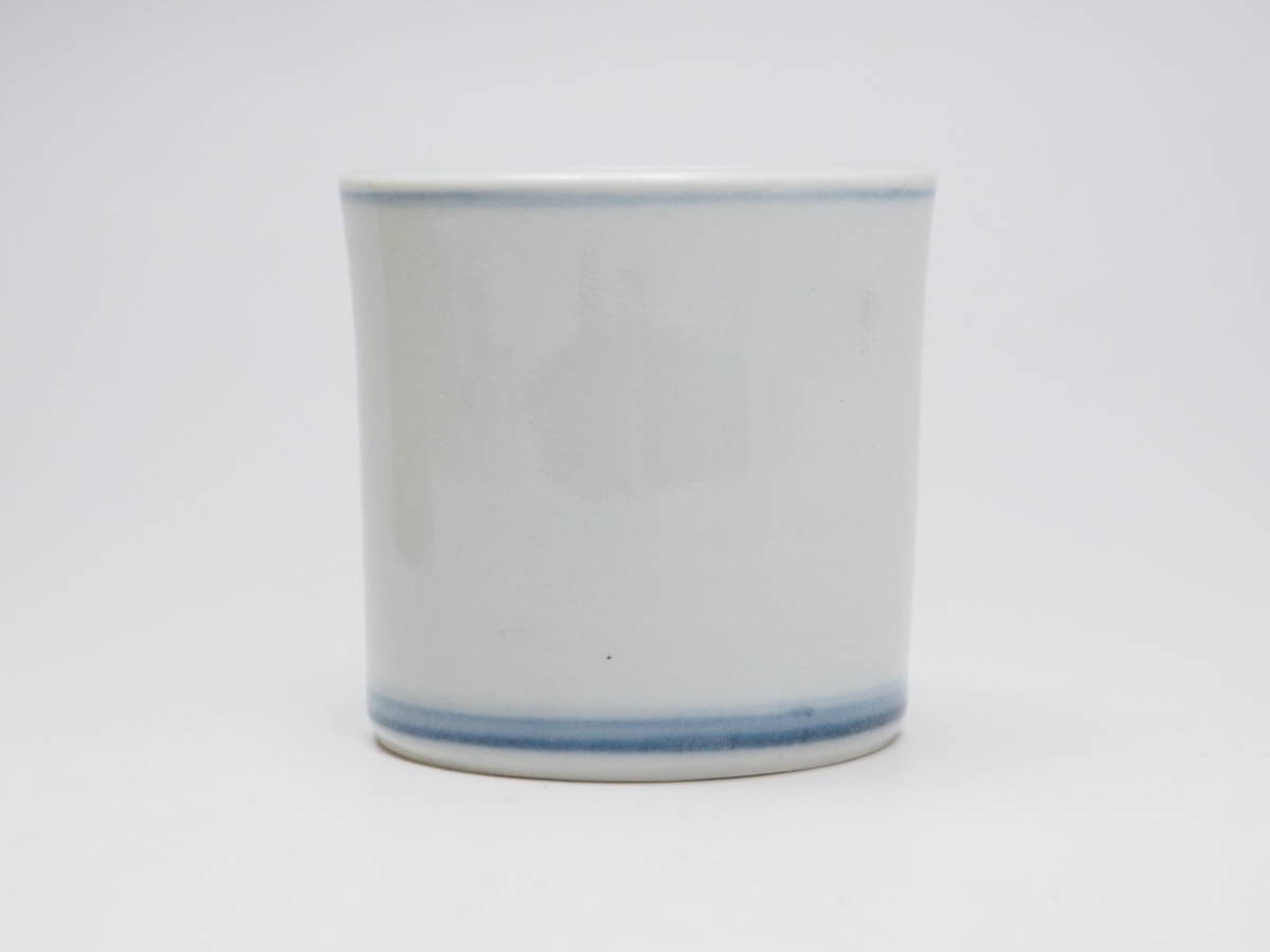 Y0A0229 【 向月 作 染付輪蓋置 高5.6cm 紙箱付 無傷 在銘 】 検) 作家物 陶印有り 輪 蓋置き ふた置き 陶器 陶芸 良品 茶道具 p02_画像5