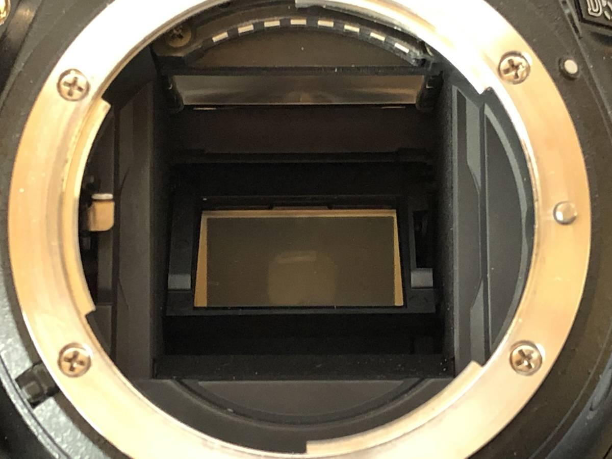中古 ニコン D5500 ボディ ショット数5855 元箱、付属品完備_画像3