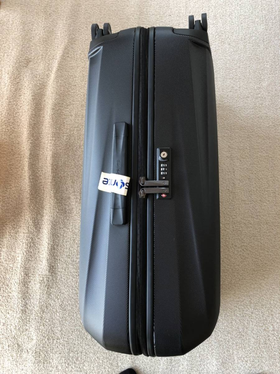 【新品未使用】サムソナイト/Somsonite スーツケース STARFIRE SPINNER 69/25 おまけつき_画像2