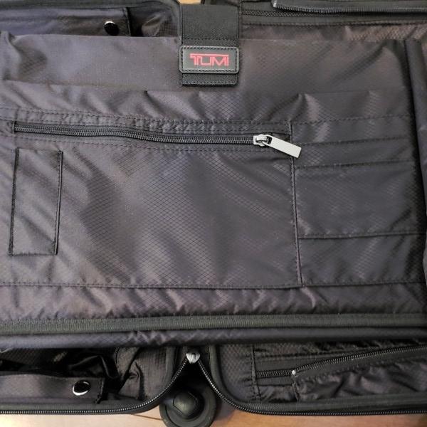 TUMI トゥミ キャリーV3 コンパクト・キャリーオン・4輪・スーツケース 機内持ち込み可能_画像9