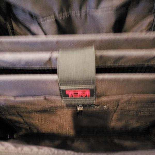 TUMI トゥミ キャリーV3 コンパクト・キャリーオン・4輪・スーツケース 機内持ち込み可能_画像7