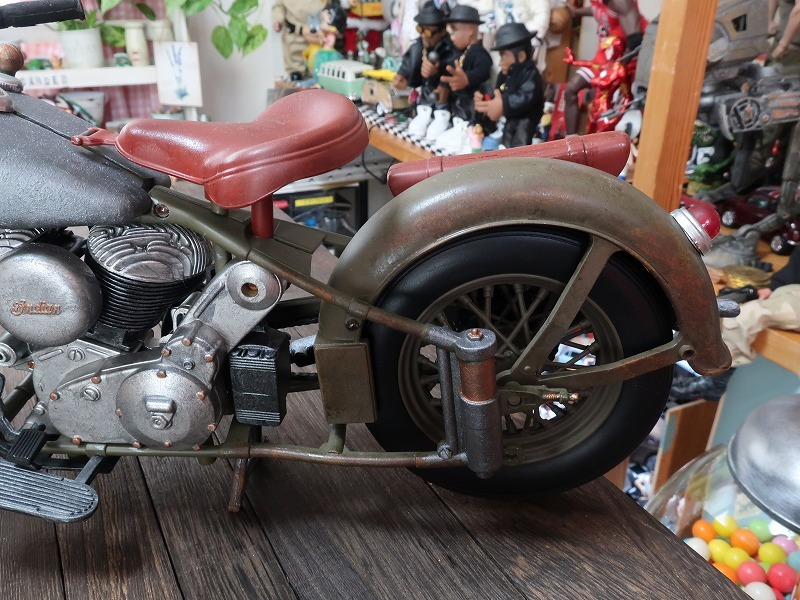 超レア★非売品★1/6 カスタム オートバイ バイク インディアン ラットロッド Rat Rod 塗装済み完成品_画像3