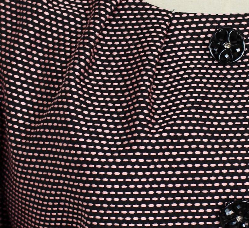 新品 42 13号 ウンガロ 絹100% ジャケット ピンク×黒 パーティー お食事会 お呼ばれ レディース セットアップに 軽い 日本製_画像2
