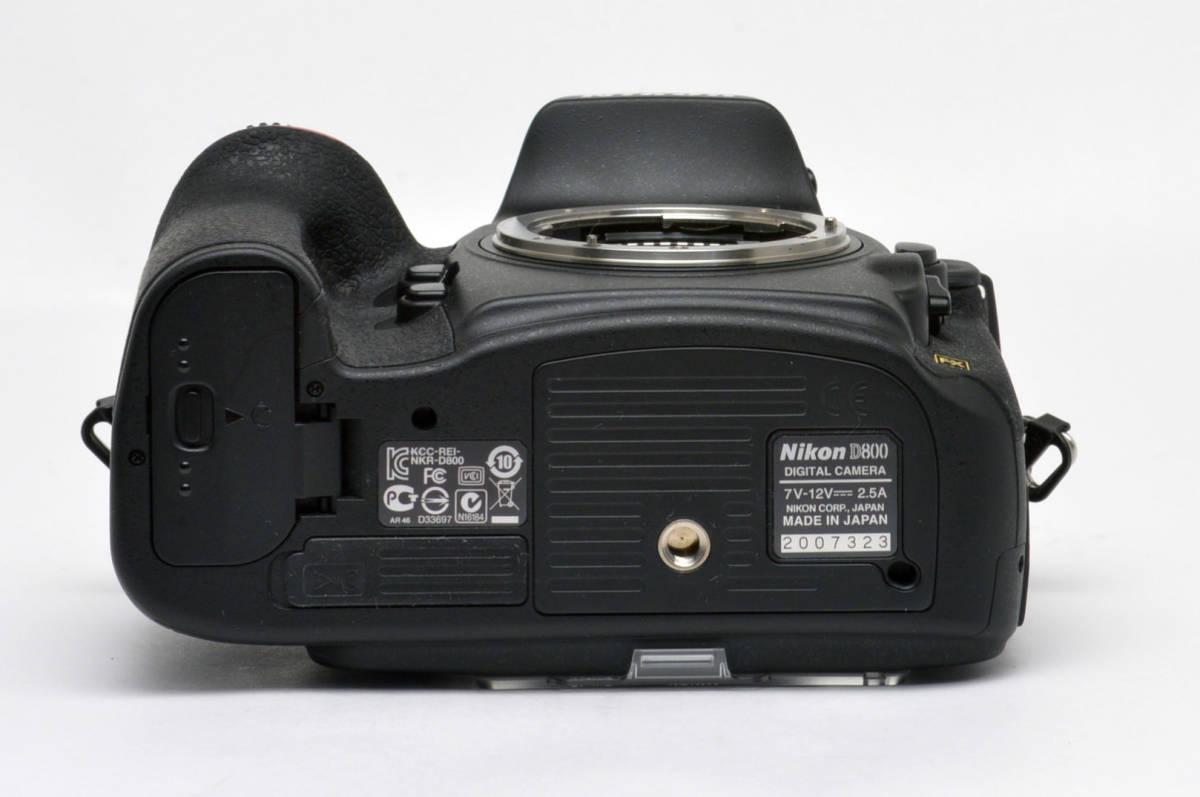 ニコンD800 ボディ シャッター回数1910回 元箱備品付 美品_画像6