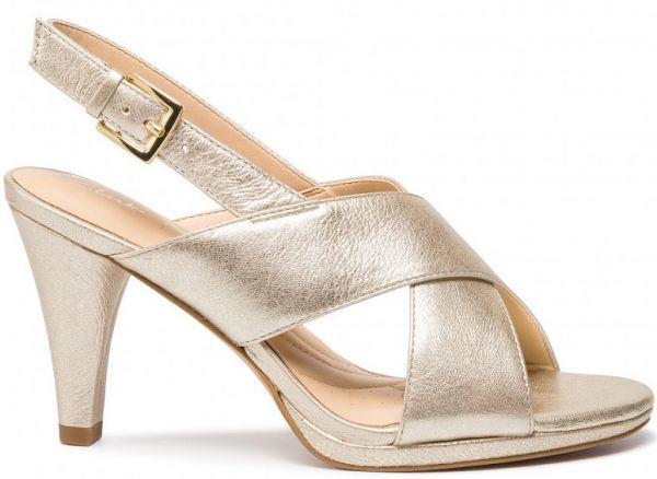 Clarks 23.5cm ストラップ サンダル シャンパン ゴールド レザー 革 ヒール フォーマル ドレス スポサン ビーサン スリッポン バレエ AB29_画像2
