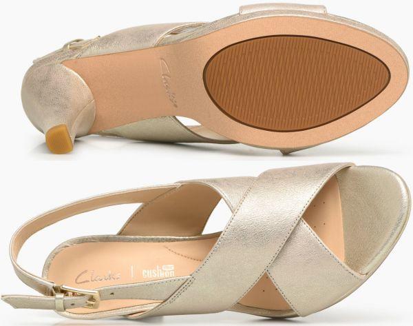 Clarks 23.5cm ストラップ サンダル シャンパン ゴールド レザー 革 ヒール フォーマル ドレス スポサン ビーサン スリッポン バレエ AB29_画像10