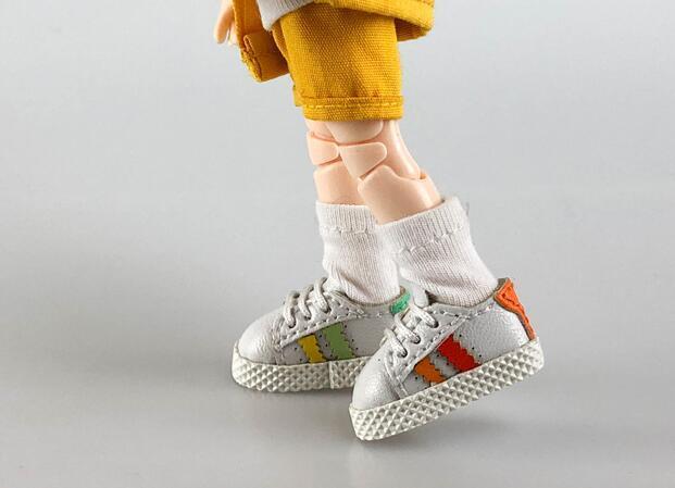 手作り♪ OB11 オビツ11サイズ お靴 シューズ スニーカー 3色 カラー選択可56