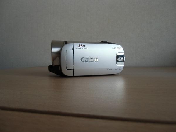 ★★★デジタルビデオカメラ ★メーカー Canon ★型番 iVISFS21  ★カラー<シルバー>