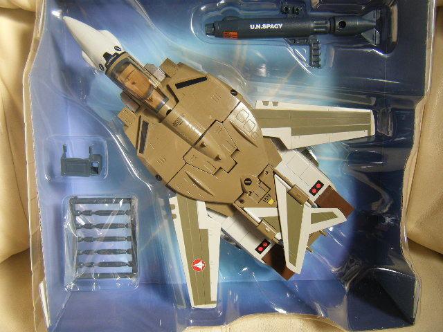 1円~完全変形 1/55 VF-1A バルキリー 量産機 超時空要塞マクロス バンダイ_画像3