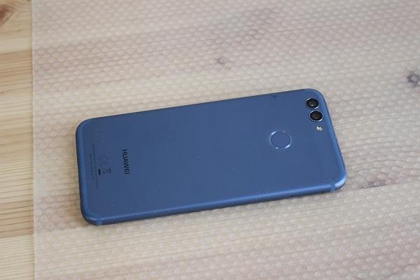 ★ジャンク!Huawei nova2 PIC-LX9 ブルー SIMフリースマホ★_画像3
