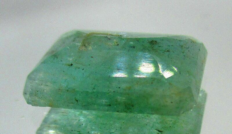 限定特価 12Ct Africa産 Green 天然エメラルドベリル石 ルース _画像2
