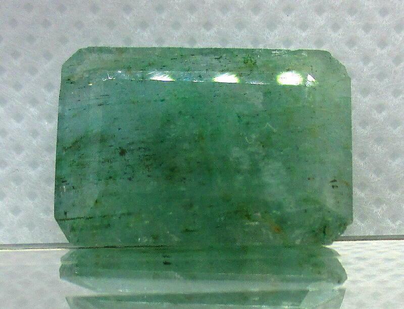 限定特価 12Ct Africa産 Green 天然エメラルドベリル石 ルース _画像1