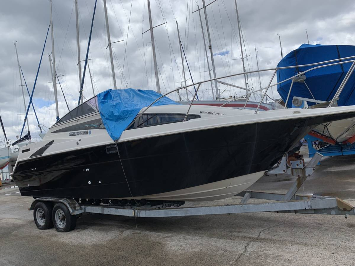 ベイライナー2655 シエラ 11名乗り びわ湖艇 今年の夏に手に入れやすい価格でどうぞ!_画像3