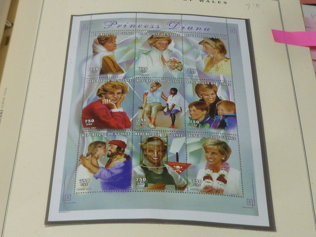 ダイアナ妃 切手 世界各国 1981-2002年 英国皇室ダイアナ妃の生涯 単片230種+S/S・S/L160種 90%完揃 未使用NH美品 バインダー付 計2冊 _画像10
