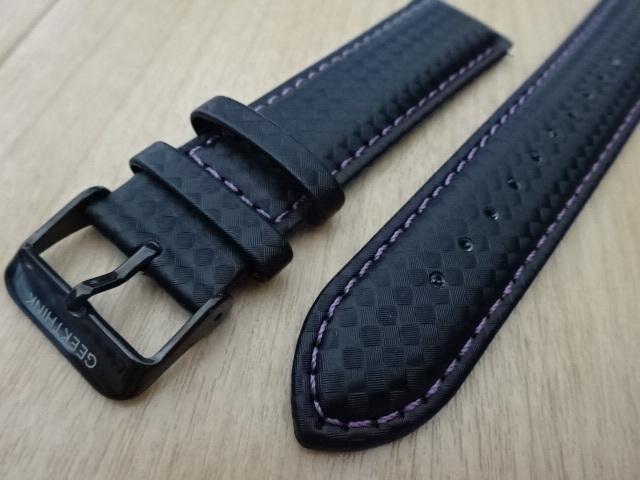 腕時計用ベルト カーボン柄ラバー 裏面レザー 22mm ブラック/パープルステッチ 黒/紫ステッチ バンド_画像2